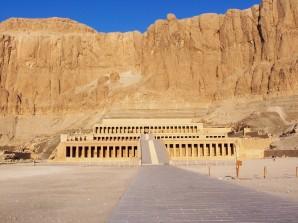 Luxor - Hatshetsup temple