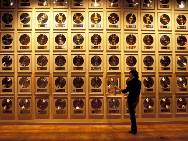 country-hall-of-fame-nashville_70526_990x742