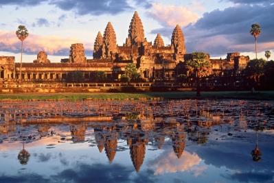 Travel-AngkorWat-Cambodia-2A